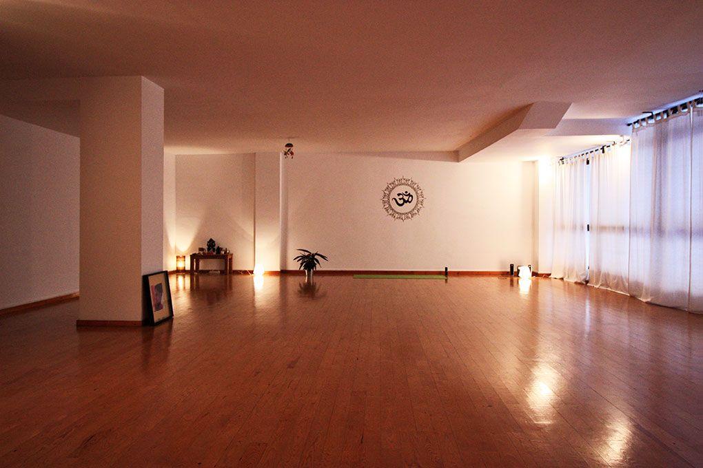 Espacio de yoga espacio de yoga barcelona - Espacio para el yoga ...